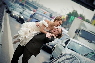 Пробки СВАДЬБЕ не помеха!!!) пробка, свадьба, невеста, жених, свадебное, фата