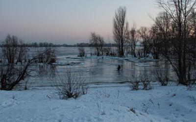 *** закат зима река