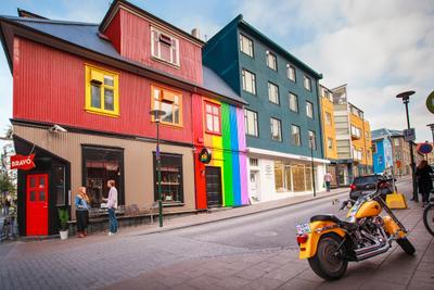 ***Радужный Рейкьявик Рейкьявик Исландия городской пейзаж