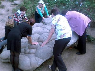 Девичий камень в Коломенском девичий камень голосов овраг коломенское женщины