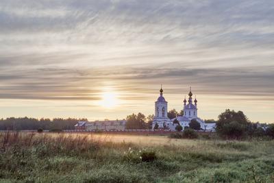 Начало июньского дня Дунилово восход монастырь