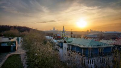 Воробьевы горы Москва парк Воробьевы горы весна вечер