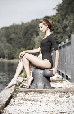 На берегу... девушка река портрет лето солнце