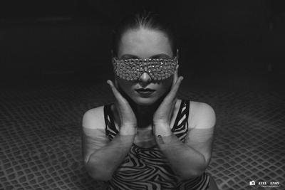 Yulya павел генов фотограф в Москве профессиональный фотосет портретный портфолио черно-белая фотография