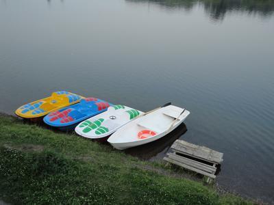 *** лодки лодка река минимализм