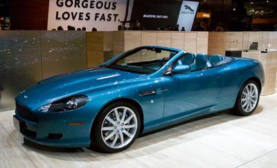 Aston Martin Vantage blue dream