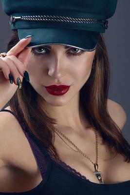 Таня девушка кепка студия фотограф Барановичи