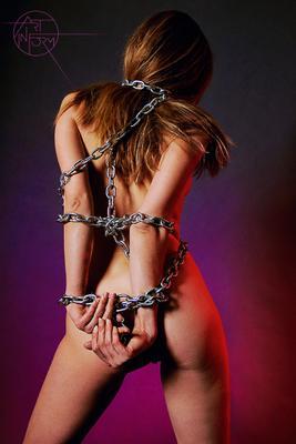Цепная Nude Fetish BDSM Bondage Girl Flare