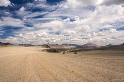 О  поэзии небес Монголия долина горы июнь облака дорога национальный парк Таван Богд аймак Баян Улгий степь