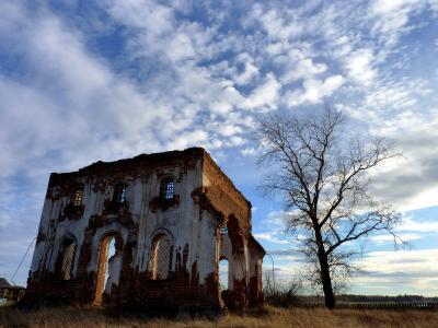 Храм видел декабристов Сибирский тракт декабристы развалины храм