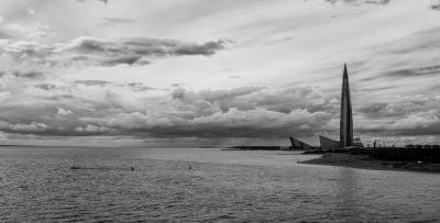 Залив пейзаж облака спб санкт-петербург финский залив чб черно-белое монохром фактура море вода горизонт лахта лахта-центр