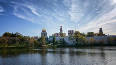 Москва. Новодевичий монастырь Москва монастырь Новодевичий осень пруд небо
