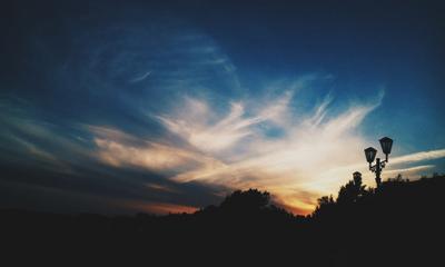 Фонарный столб закат столб фонарный небо