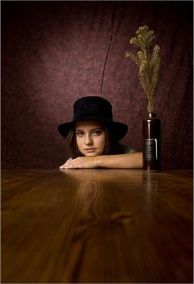 Портрет девушки в шляпе...