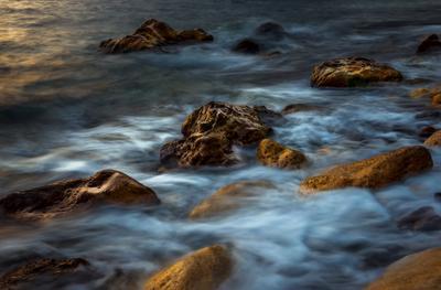 Живая вода Фиолента Севастополь Фиолент море закат прибой вечер камни