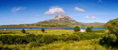 Панорама с горой Эрригал Ирландия Небо горы Эрригал панорама озеро облако
