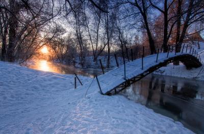 Утро в Ушмарском лесу. утро рассвет снег мостик речка