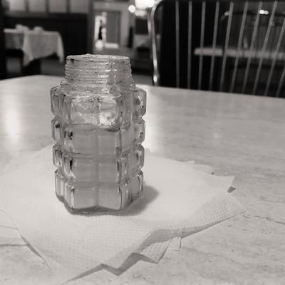 солонка солонка соль бумажные салфетки буфет
