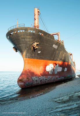 Бедняга RIO море корабль берег