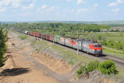 Электровоз ВЛ10У-433 Железная дорога электровоз поезд Обшаровка мост Волга Самарская область ВЛ10