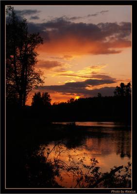 Позавчерашнее небо Закат Россия река солнце