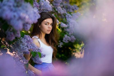 Дарья девушка сирень цветы мода фешн гламур красотка
