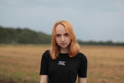 Осень девушка портрет рыжая