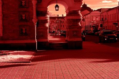 Часовня перед дворцом губернатора.Ярославль.Ярославская губерния.Р.Ф.2021г.г. от Р.Х. Инфракрасная,чёрно-белая,монохромная, фотография. (infrared imaging) Инфракрасная чёрно-белая монохромная фотография infrared imaging