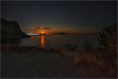 Восход луны Крым Новый свет вечер