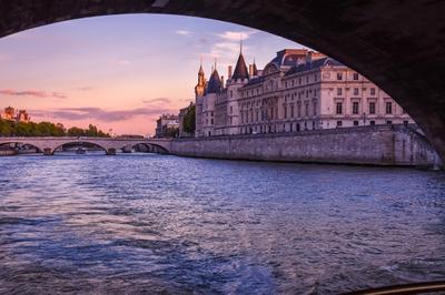 Закат над Сеной Париж Франция Сена закат