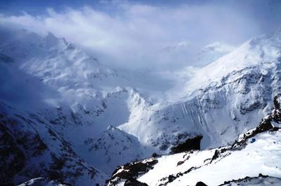 Стою на вершине. Один в вышине... Зима горы Эльбрус