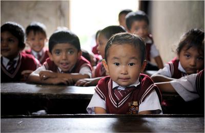Школьница. Индия. Сикким. Школа. Дети. Портрет.