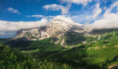 Фишт в утренней перине горы фишт оштен адыгея лагонаки путешествие восхождение россия отпуск поход облака перина