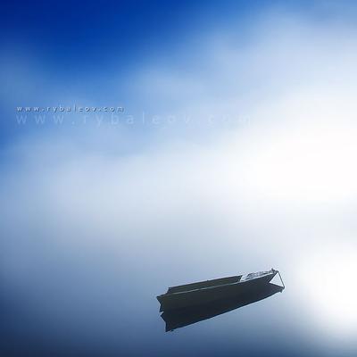 Жёлтая Лодка лодка туман река