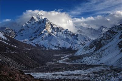 Дотронуться до небес... Горы Облака Непал Гималаи Mountains Himalayas Nepal Вершина Clouds