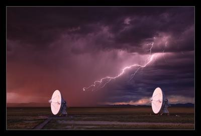 Разряд небесных сфер США Нью Мексико радары гроза молния