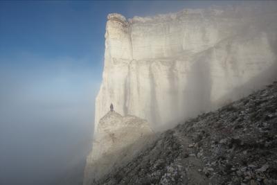Туманным утром на Ак-Кая Крым Ак-Кая Белая скала утро туман Белогорск