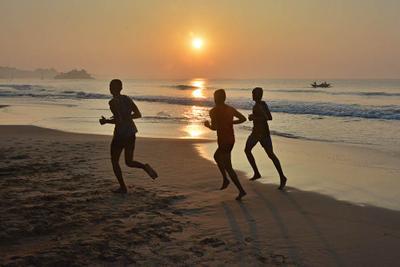 Утренняя пробежка. Шри-Ланка океан