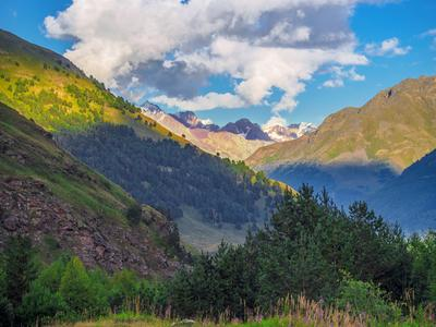 В ущелье Адыр-Су Кабардино-Балкария приэльбрусье Адыр-су ущель горы