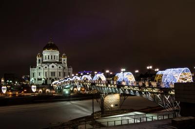 Рождественское утро. утро город мост