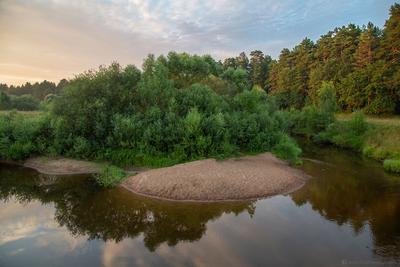 На берегу этой тихой реки (с) река вода природа пейзаж небо лес закат лето вечер