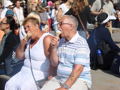 Гурманы Мороженое аппетит супруги Ice cream