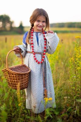 *** девочка кукла поле корзинка вечер машенька сказка лето