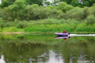 Шустрый рыбак рыбак лодка речка