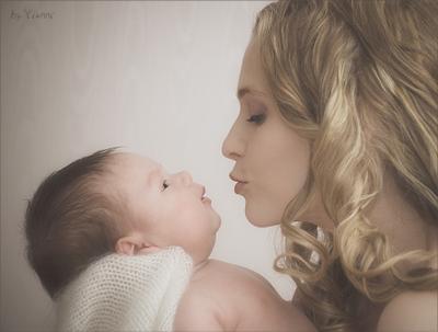 Отражение малыш карапуз ребенок отражение мама дитя