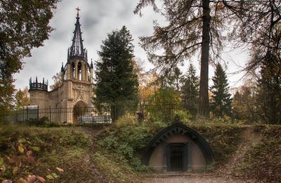 В Шуваловском парке Шуваловский парк осень