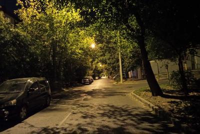 Не отшумела осень золотая. ночь Краснодар улица город осень