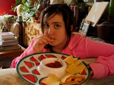 девочка с чипсами девочка corn chips