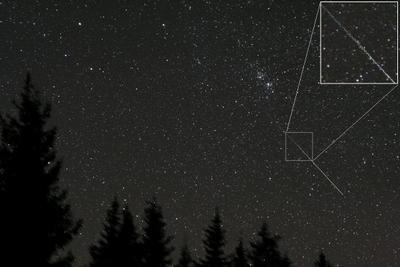 Метеор, вращающихся в спиральной траектории метеорит, астрономия, Астрономическая обсерватория