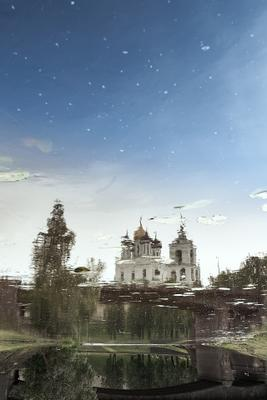 Псковский Кром в день защиты детей в Зазеркалье